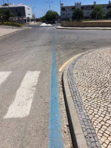 Blue side road marking